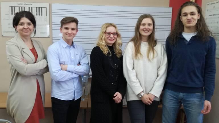 """Zwycięstwo naszych uczniów w Konkursie """"Mistrz Zasad Muzyki"""" w Grudziądzu!"""